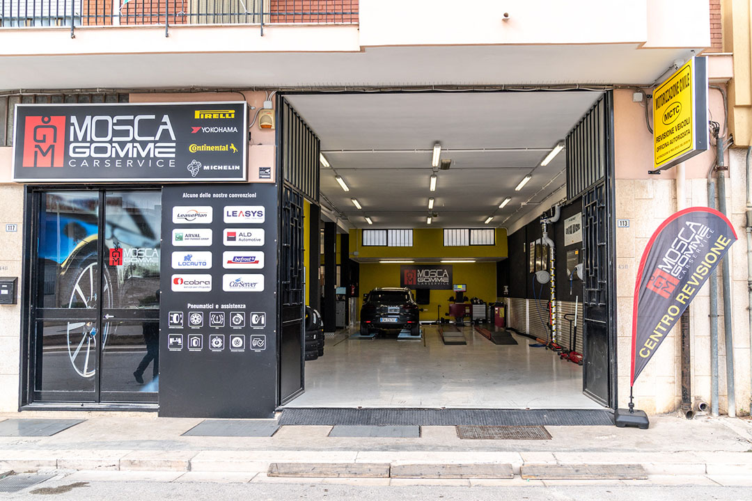 mosca gomme chi siamo officina